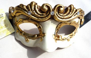 Genuine Venetian Cream & Gold Petite Mask (1) (2)